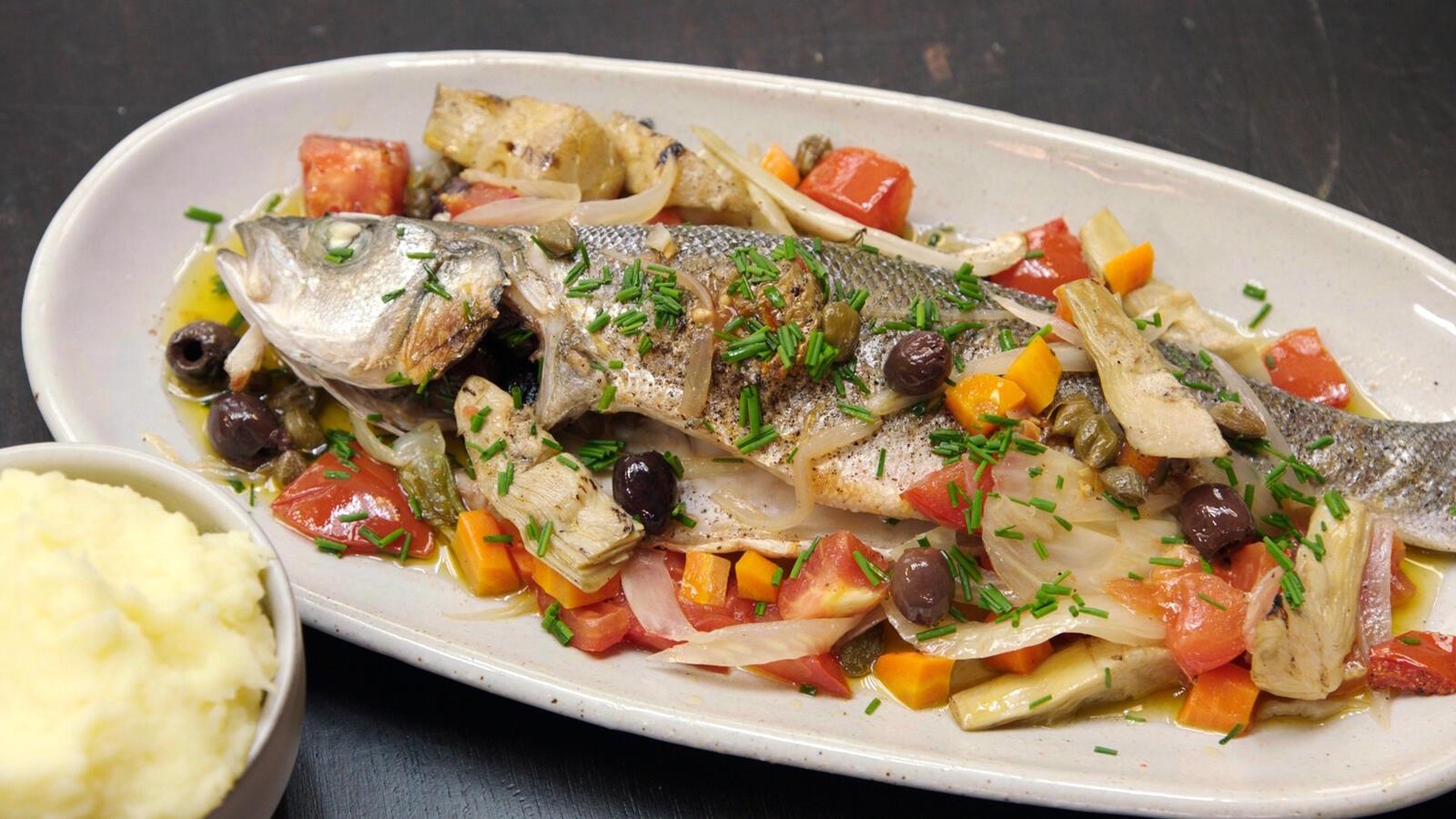 Zeebaars met groenten in oven en puree