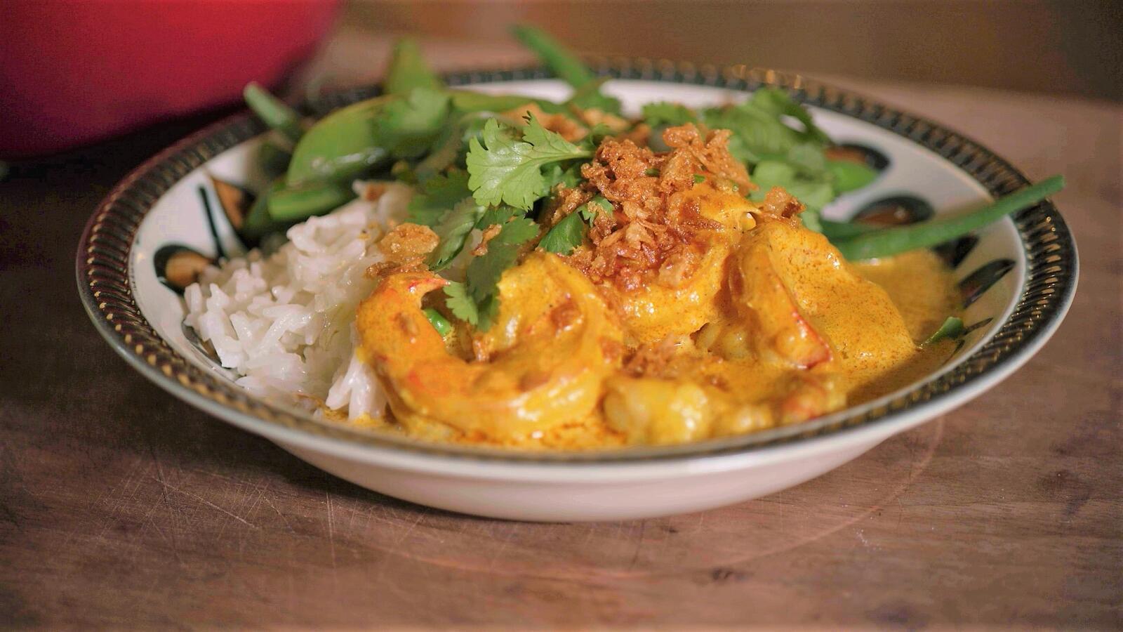 Scampi met curry en groene groenten