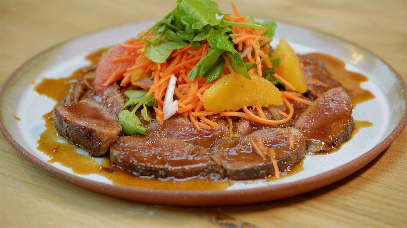 Salade van eend met wortel en citrus