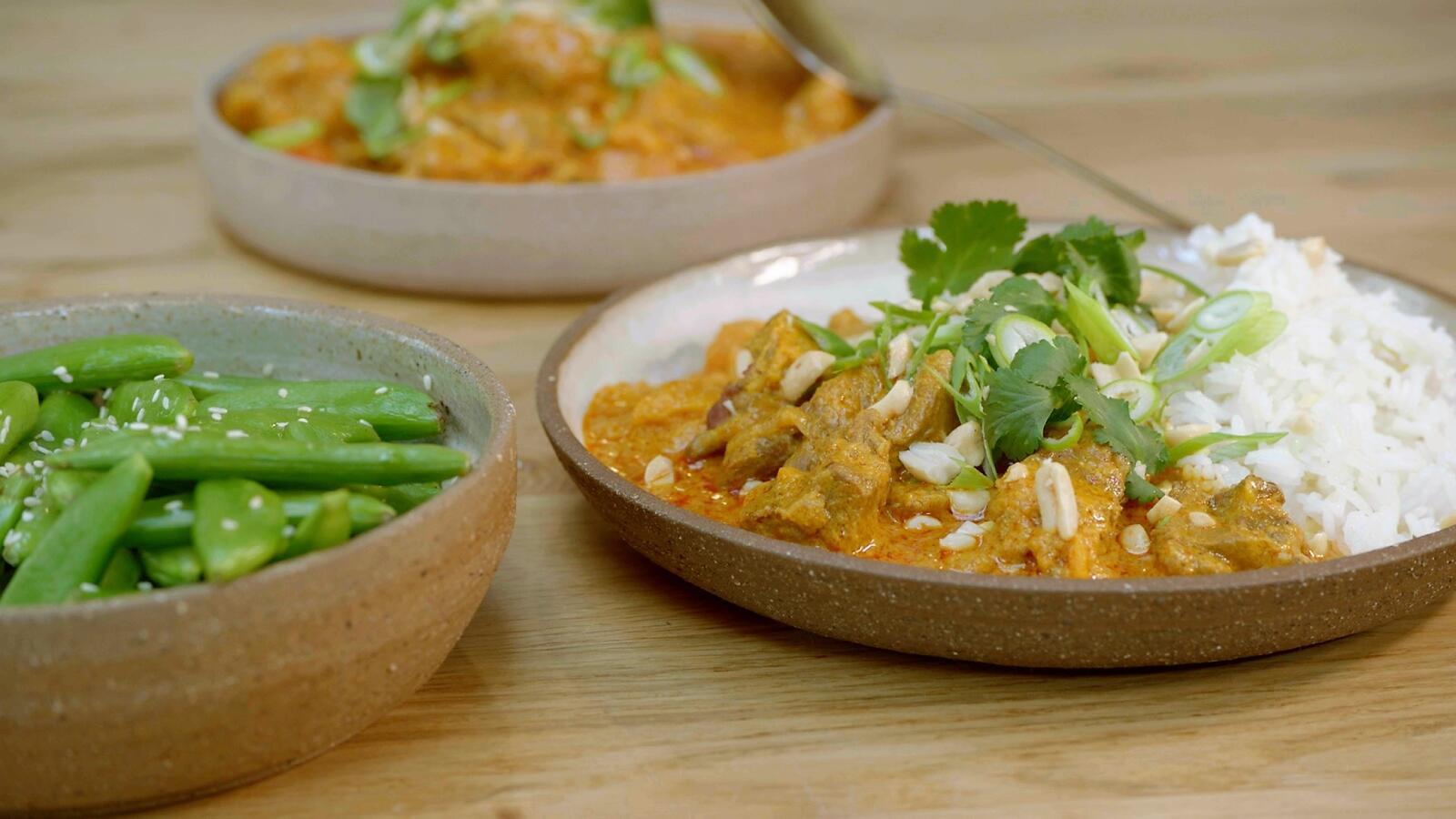 Massaman curry met zoete aardappel en lamsvlees