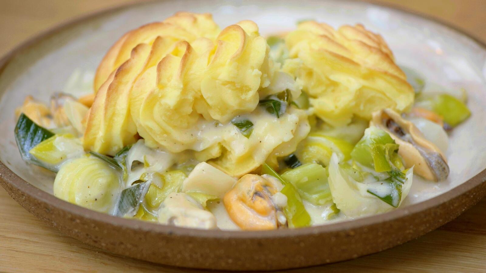 Ovenschotel met kabeljauw, mosselen en pommes duchesse