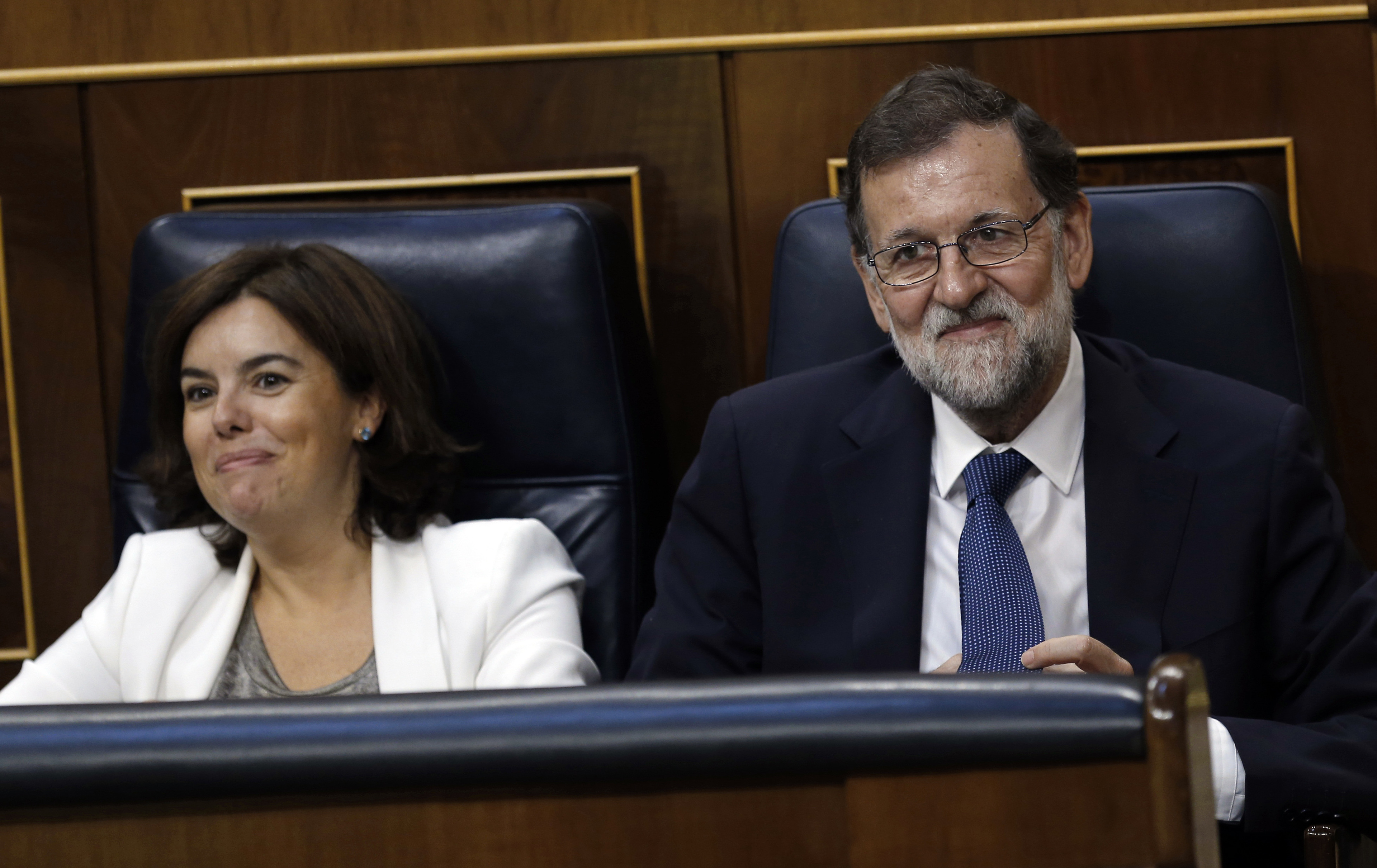 Spaanse regering zet zaterdag procedure in gang om Catalaanse autonomie op te heffen