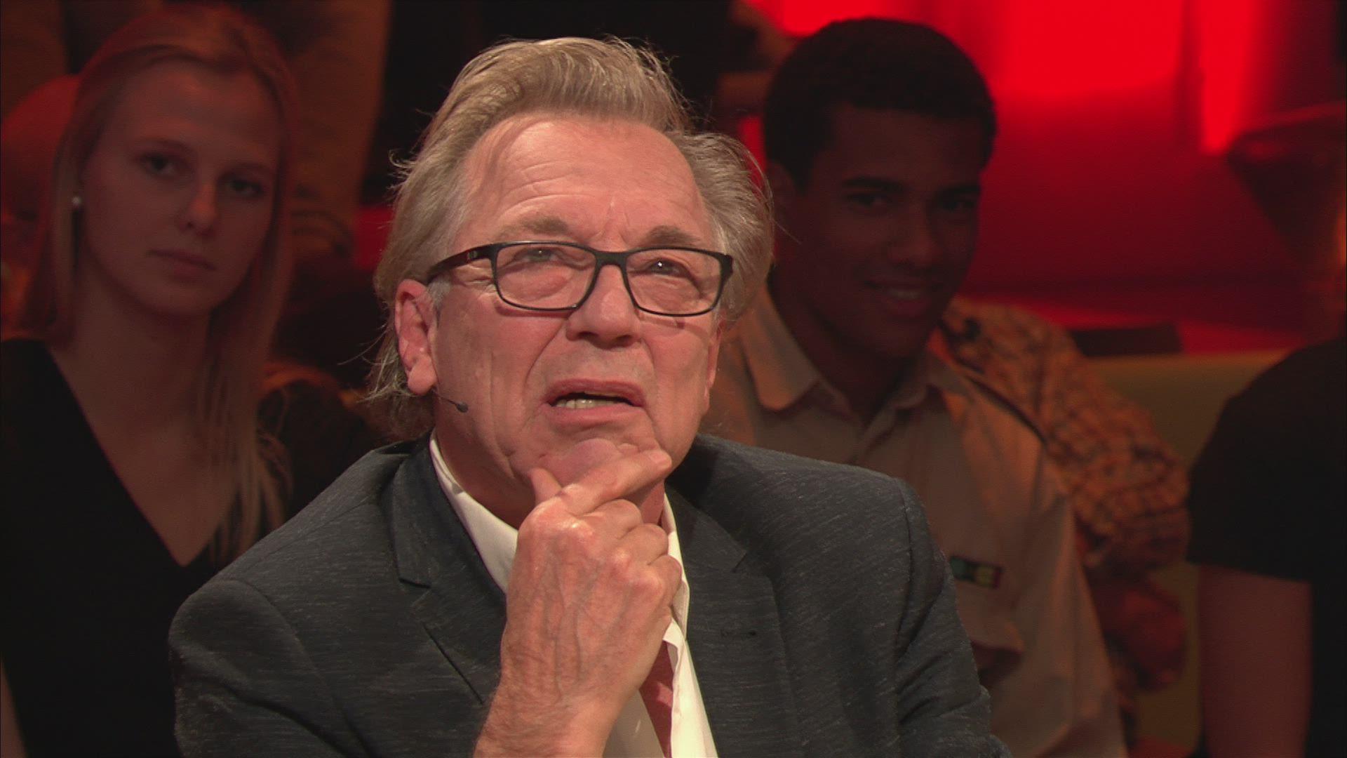 """Jan Mulder steekt zijn nek uit voor 11.11.11: """"Politici zien vluchtelingen als items waar ze van af moeten"""""""