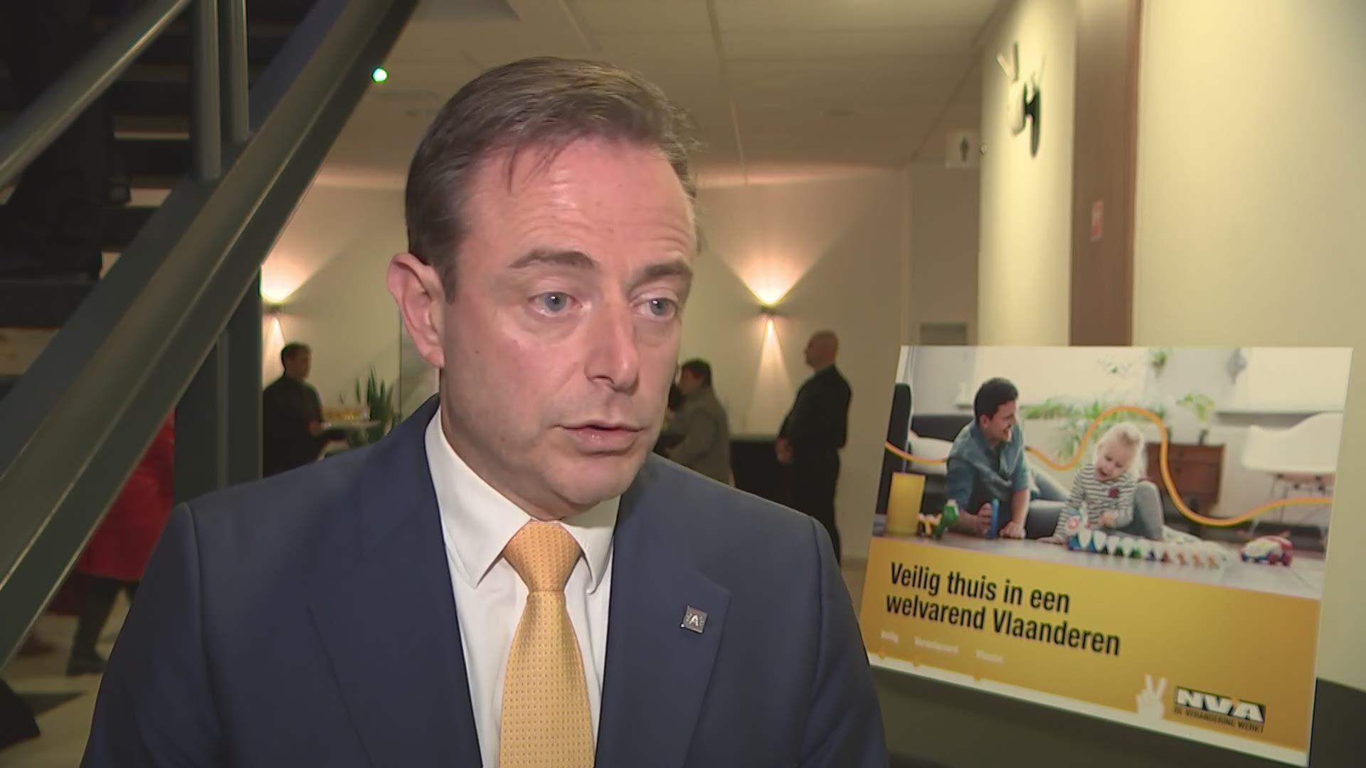 """De Wever: """"Eén cola zero op een receptie tast mijn beoordelingsvermogen niet aan"""""""