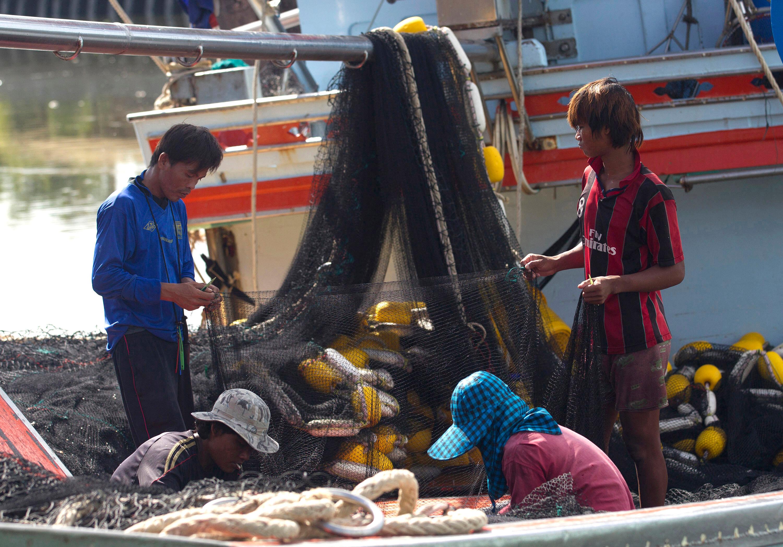 """""""Nog steeds slavenarbeid en mensensmokkel in Thaise seafoodindustrie"""""""