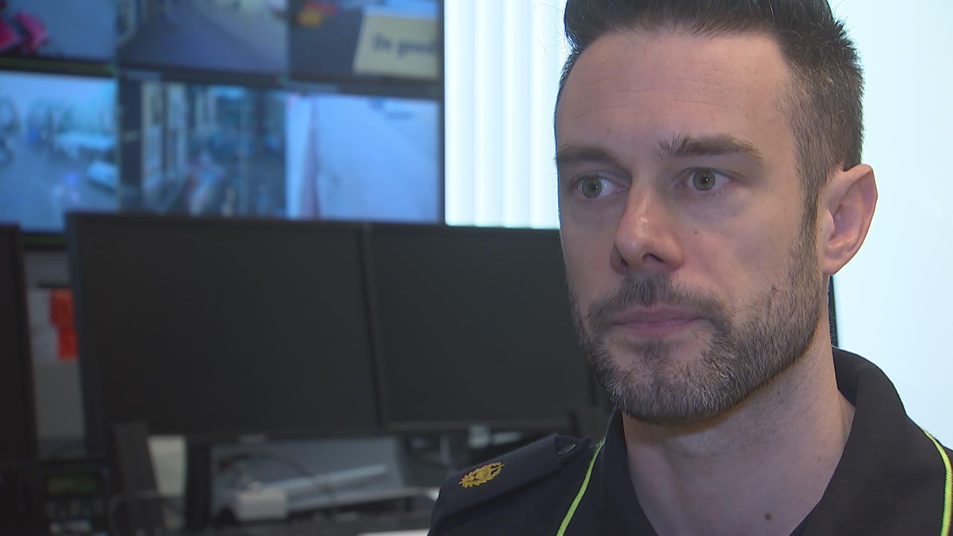 Digitale wijkagent Joaquin Diez Requejo  uit Roosendaal gevolgd in Vlaamse reportage