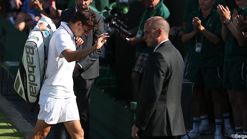 Roland Garros Handdoek.Roland Garros Finalist Thiem Moet Wimbledon Geblesseerd Verlaten