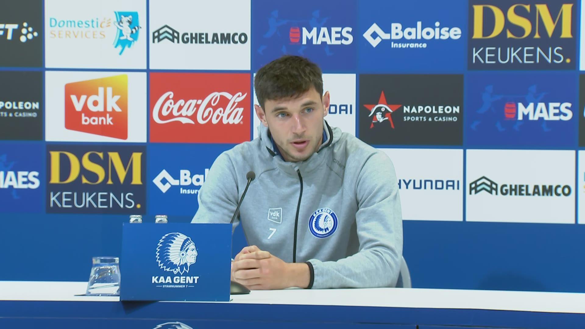 Roman Jaremtsjoek (AA Gent) uit zijn boosheid op de persconferentie |  Jupiler Pro League