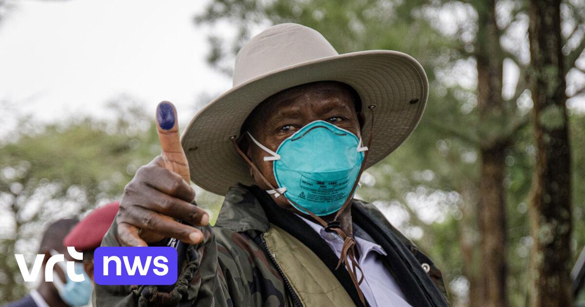 Grote voorsprong voor Oegandese president Museveni in voorlopige resultaten, oppositiekandidaat spreekt van fraude