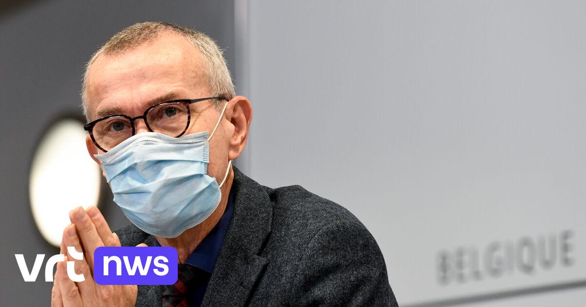 """Vandenbroucke: """"Wanneer reizigers zich niet laten testen, gaat informatie tegen 1 april rechtstreeks naar de politie"""""""