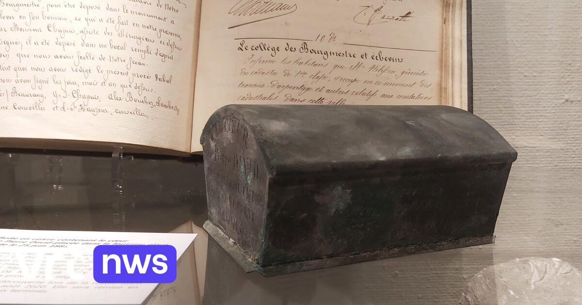 Koffertje onder fontein in Verviers uit 1889 geeft geheim prijs: hart van burgemeester uit begin 19e eeuw - VRT NWS