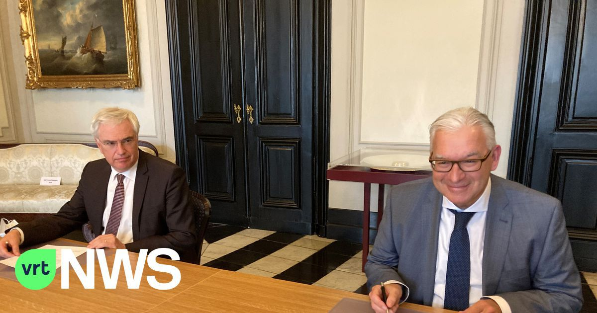 """Piet De Groote legt eed af als nieuwe burgemeester van Knokke-Heist: """"Het voelt nog wat onwennig aan maar het is een grote eer"""""""