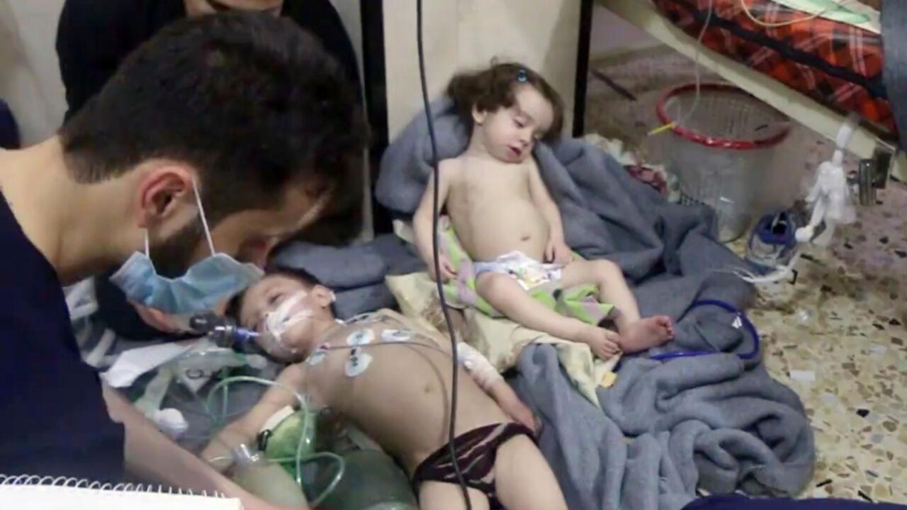 """VS: """"Syrië en Rusland zijn sporen van gifaanval in Douma aan het wissen"""""""