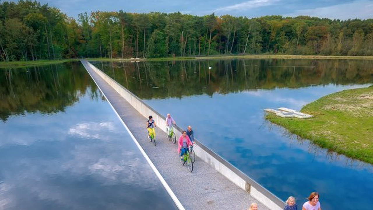 "Limburg's ""Cycling through water"" experience in TIME's top ..."
