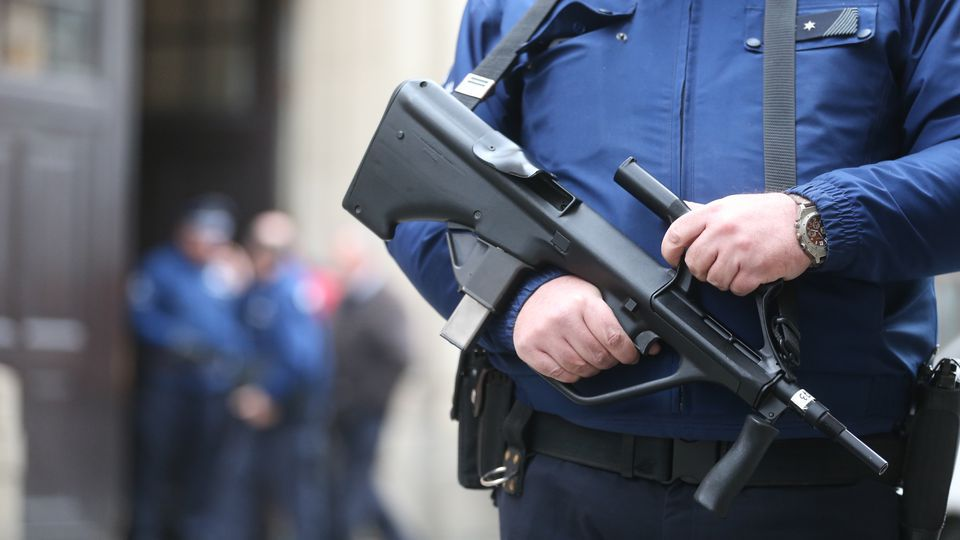 """Anderlecht weapons cache belonged to """"paranoid Russian soldier"""""""