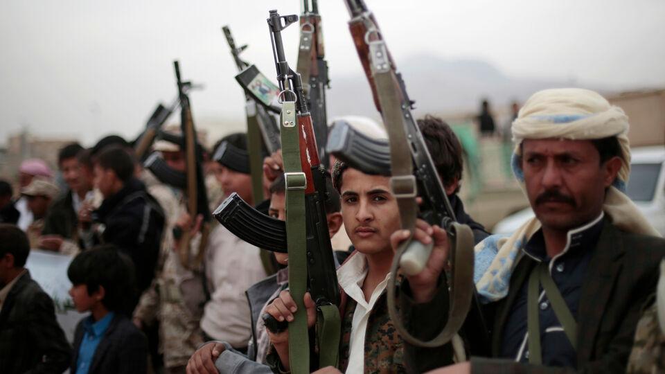 Hevige strijd zaait dood en vernieling in de jemenitische for Arabische havenstad