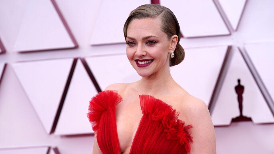 Angelina Jolie opnieuw op rode loper na borstamputatie
